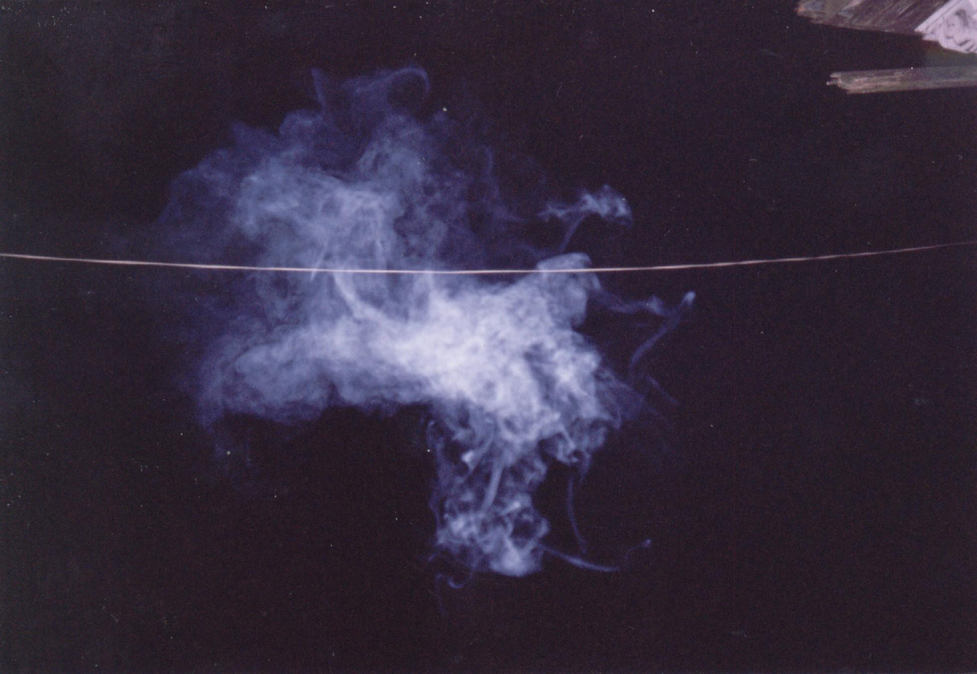cigarette smoke (15913 bytes)